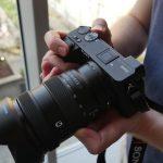 סוני משיקים את שתי מצלמות חדשות APSc