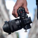 הושקה מצלמת Lumix S5